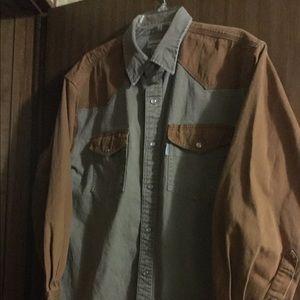 Men's XL. Carhartt shirt.